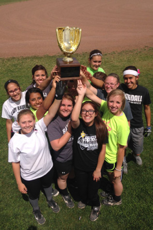 Baseball team loses; softball earns title to advance in playoffs